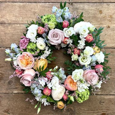 spring wreath with pink roses