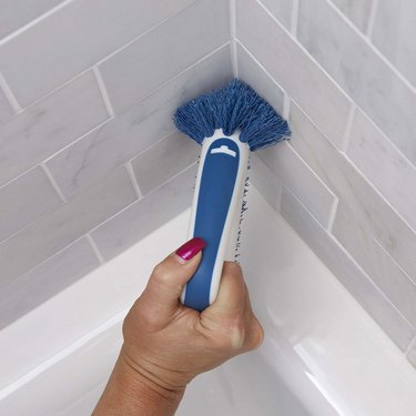 grout scrubber for corners