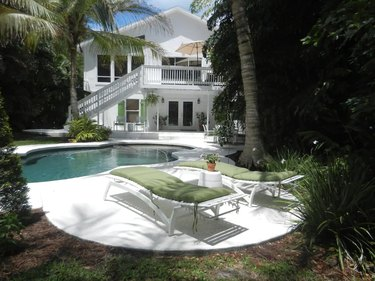A Large Family Home in Siesta Key, Florida