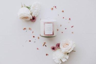 blossom kintsugi candle