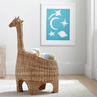 giraffe storage basket