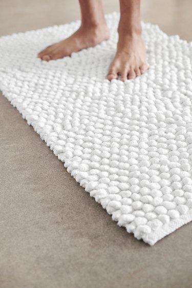 plush white rug