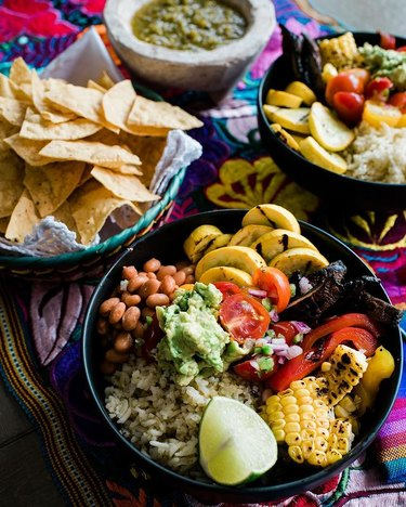 Muy Bueno Cooking Grilled Veggie Burrito Bowls With Hatch Green Chile Rice