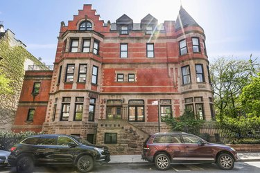 wes anderson royal tenenbaums mansion for sale exterior