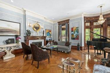 wes anderson royal tenenbaums mansion for sale living room