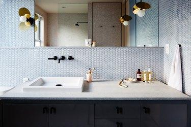11 Blue Bathroom Backsplash Ideas That You Won't Be Able to Resist