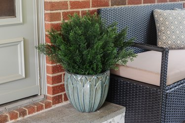 Easy Ways to Make Exterior Faux Plants Look Real
