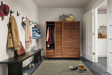 wall mounted entryway organizer