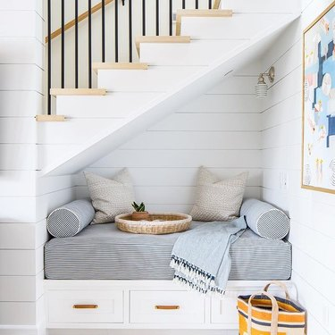 staircase reading nook