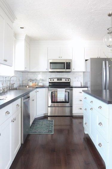 DIY laminate kitchen countertops in white kitchen