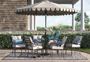 outdoor dining set with patio umbrella