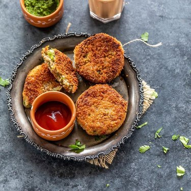 Cook with Manali Veg Cutlet
