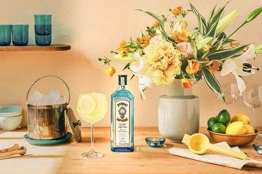 al fresco cocktail setup
