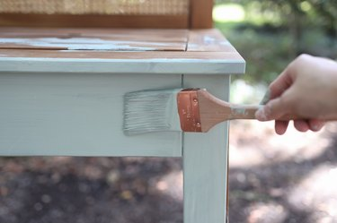 Painting potting bench with soft green color called Jojoba