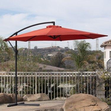 Belleze Premium Outdoor Patio Umbrella 10' Aluminum Cantilever Tilt W/ Crank & Base