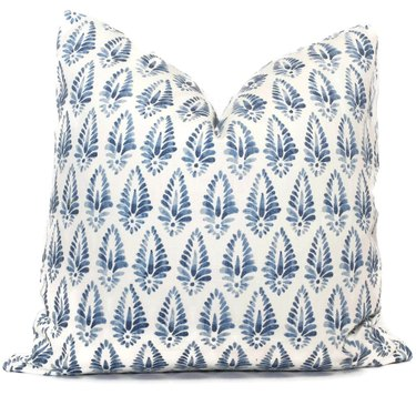 removable patterned throw pillow cover