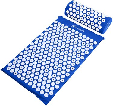 amazon prime day acupressure mat and pillow set