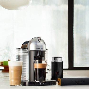 how to use a nespresso coffee machine