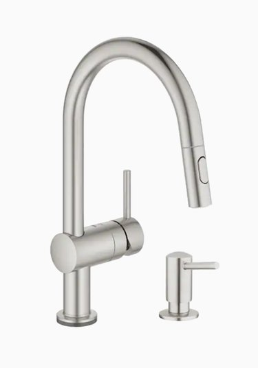 Minta Supersteel 1-Handle Pull-Out Touch Kitchen Faucet