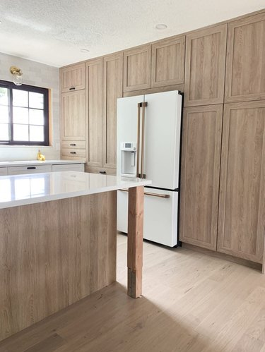 thermafoil cabinets in chris and julia kitchen