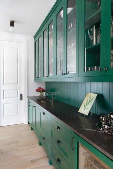 Green kitchen shiplap