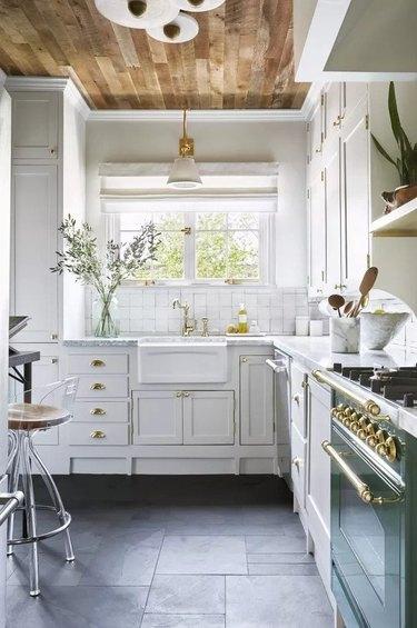Kitchen with slate floor tile