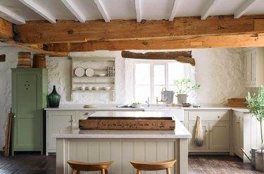farmhouse kitchen by deVOL Kitchens