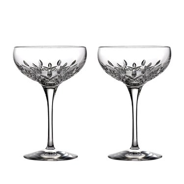 wedding-registry-champagne-coupes