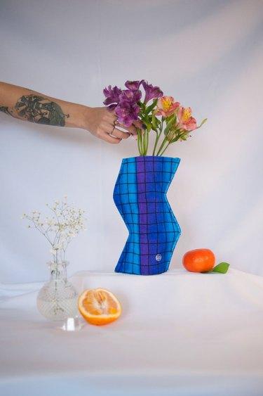 zigzag memphis style fabric vase