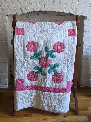 Farewell Frances Vintage Amish White and Pink Floral Quilt