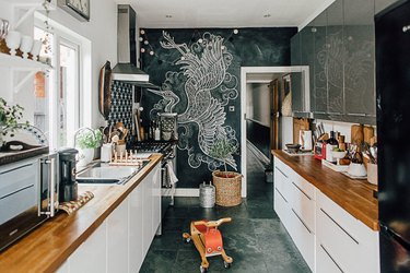 kitchen accent wall with chalkboard paint