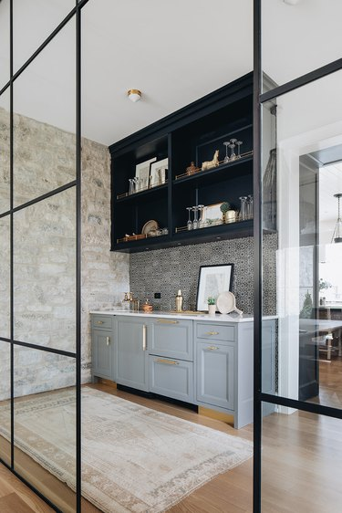 stone kitchen accent wall