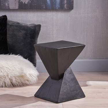 Geometric side table in black
