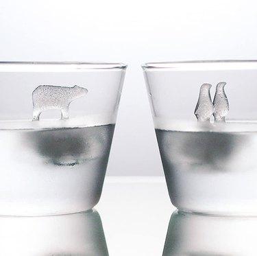 Animal ice cubes