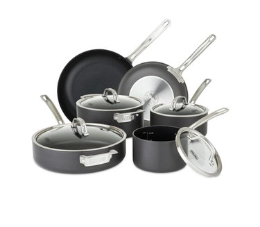 Set of 10 pots and pans