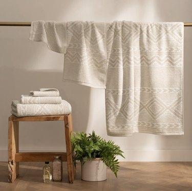 Southwestern towel set