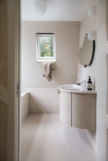 White flush mount bathroom lighting