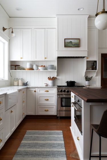 white traditional kitchen with shiplap