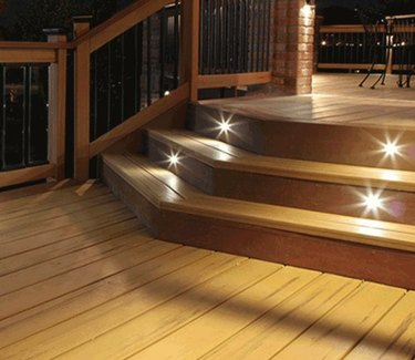 Safety lights on stairs