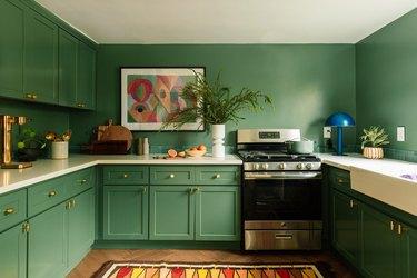 emerald green kitchen cabinets