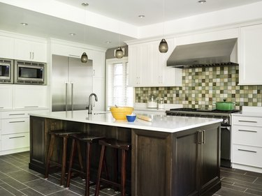 Craftsman kitchen with mosaic tile