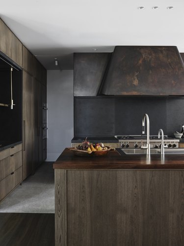 industrial black kitchen backsplash