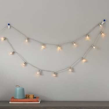 String lights on rope