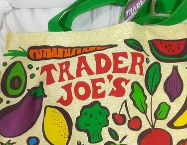 trader joe's fruit and vegetable shopping bag