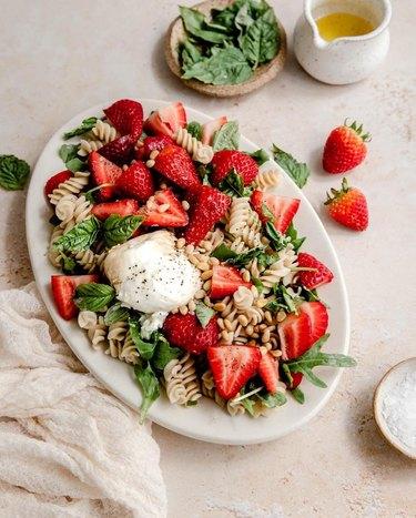 California Strawberries Strawberry Burrata Salad