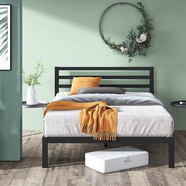 Zinus Mia Metal Platform Bed Frame