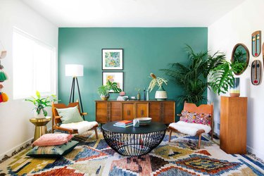 living room accent wall in jade green