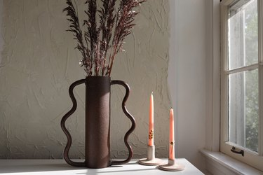 Create a Wavy Vase Using This User-Friendly Material