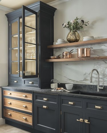 15 Kitchen Countertop Cabinet Ideas Guaranteed to Add Old-World Charm
