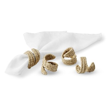 Raffia spiral napkin rings